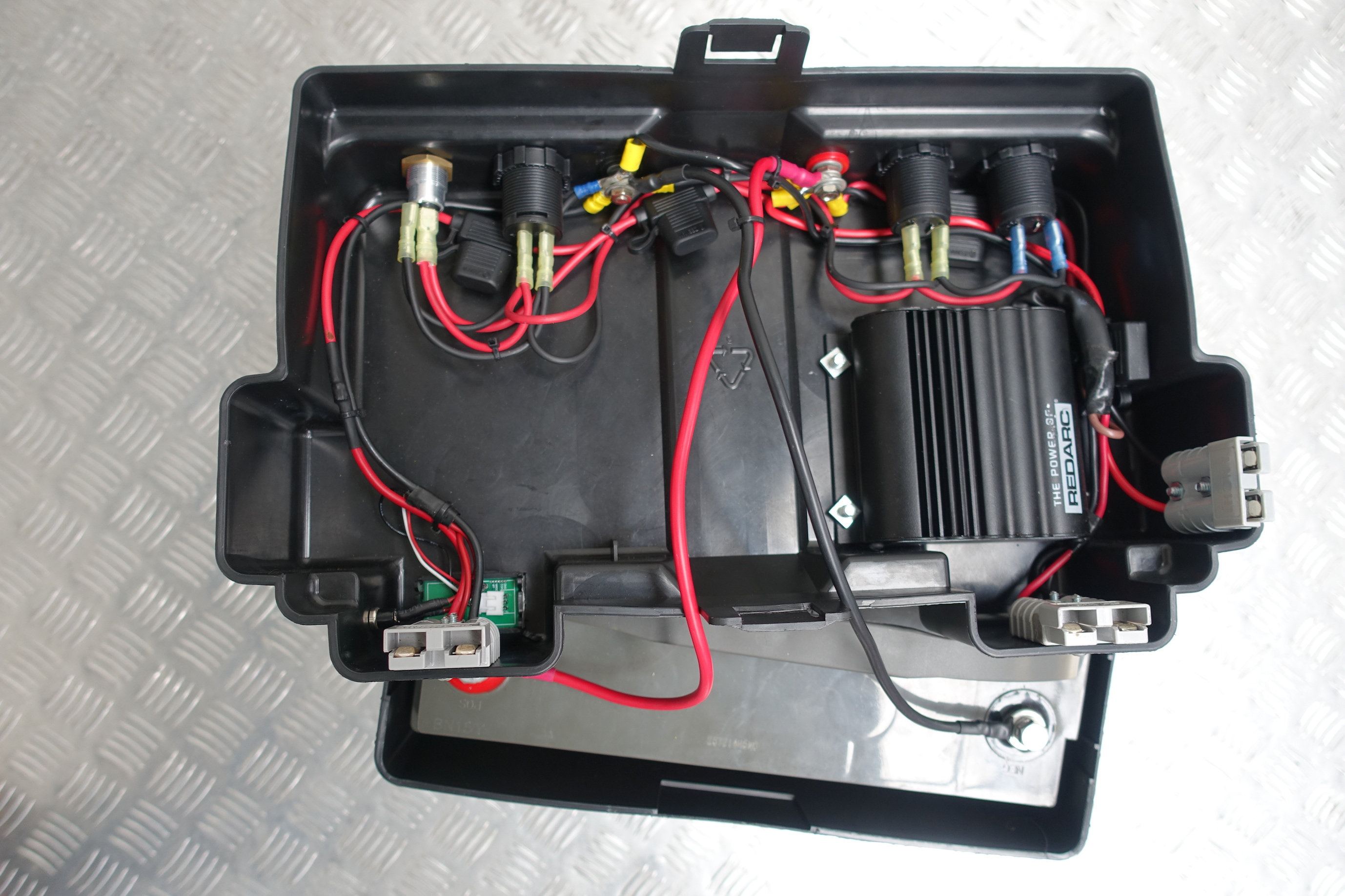Dual battery box nissan navara d40 accelerate auto electrics inside swarovskicordoba Image collections