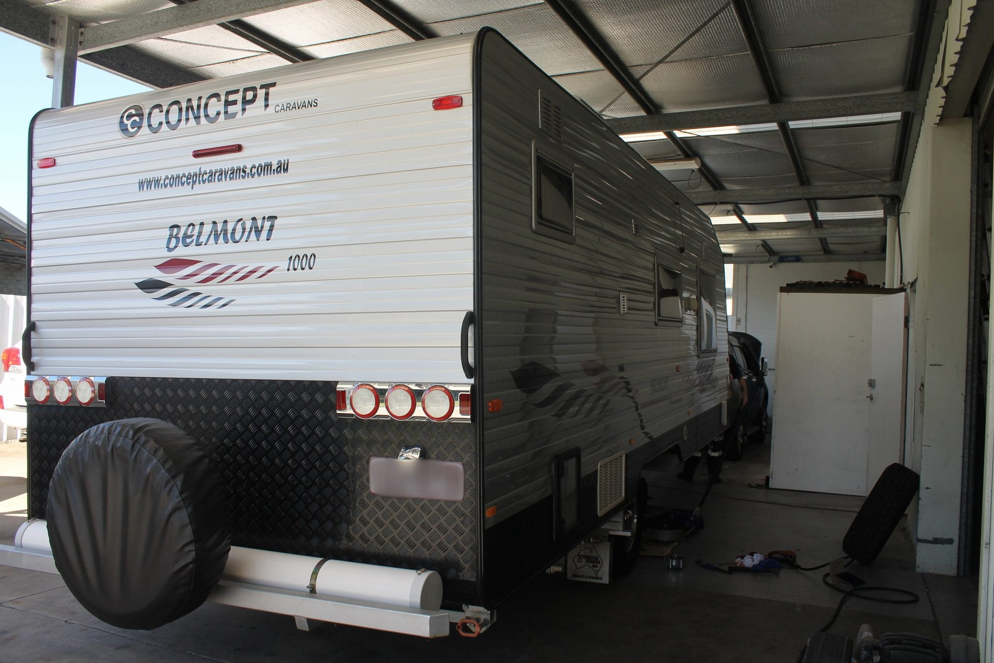 ford everest and concept caravan 12v fitout | accelerate auto