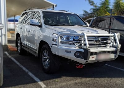 2020 200 Series Toyota Landcruiser Dual Battery System and 4WD Accessories