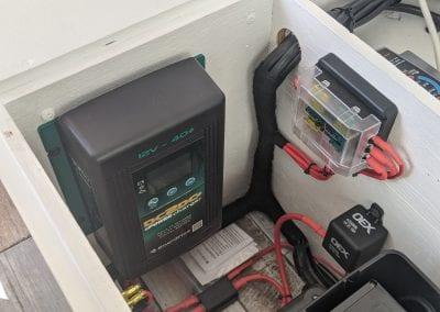 Enerdrive DC2DC Charger & Fuse Box