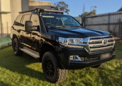 Toyota Landcruiser 200 Series Dual Battery System and Towing Set Up