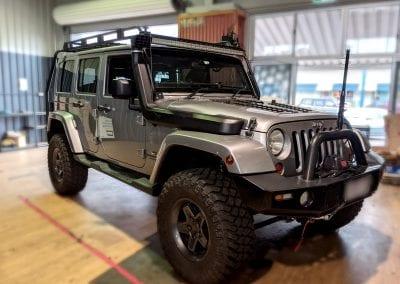 Jeep Wrangler Lithium REDARC Battery System