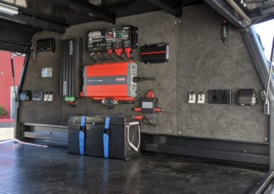 Redarc Power Management System with Invicta Lithium Battery